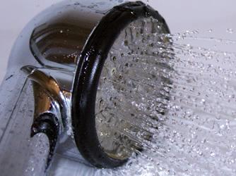 agua caliente en la ducha